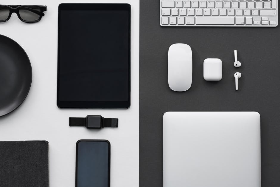 A bunch of electronic devices